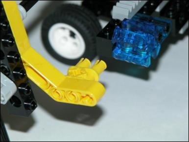 http://yakushi.shinshu-u.ac.jp/robotics-photo/2006a/2006-05-23/dscn2531_Medium.jpg