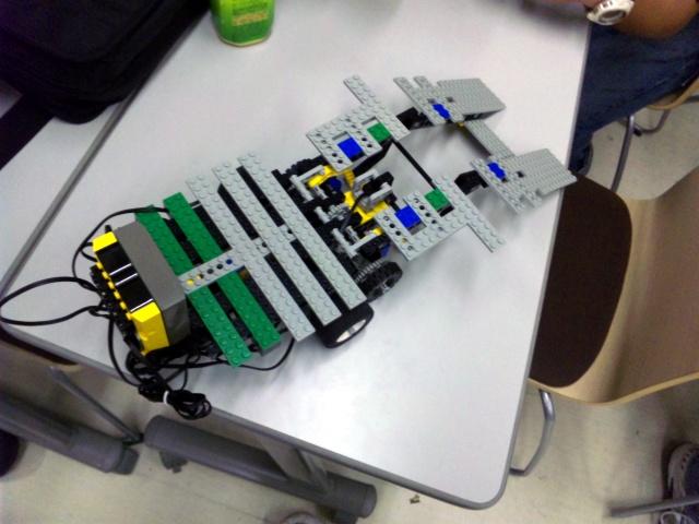 ロボット(橋側:展開)