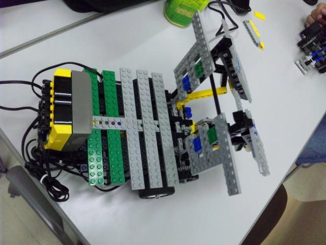 ロボット(橋側:収納)