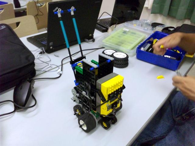 ロボット(玉回収側)