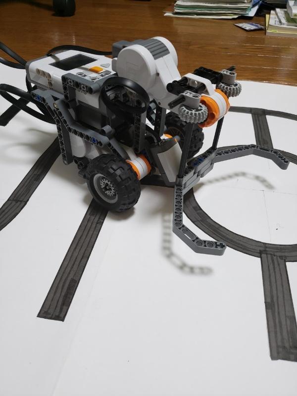 robot201.jpg